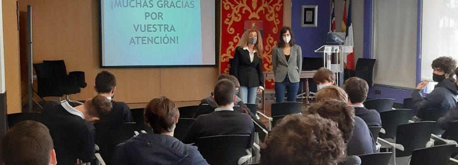 El COF con los segundos de Bachillerato del centro Montearagón (educación afectivo sexual)