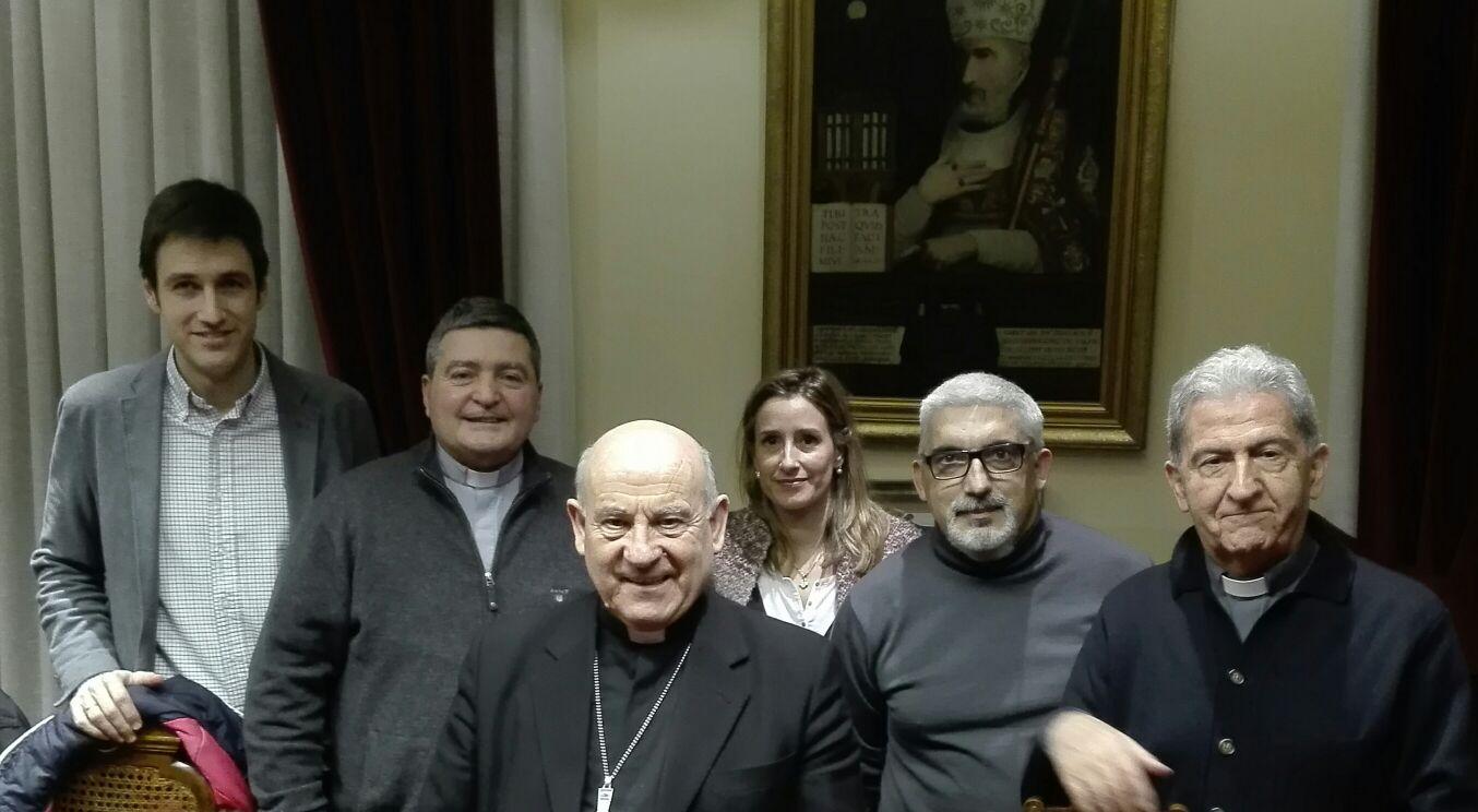 Presentación de las memorias al Arzobispo